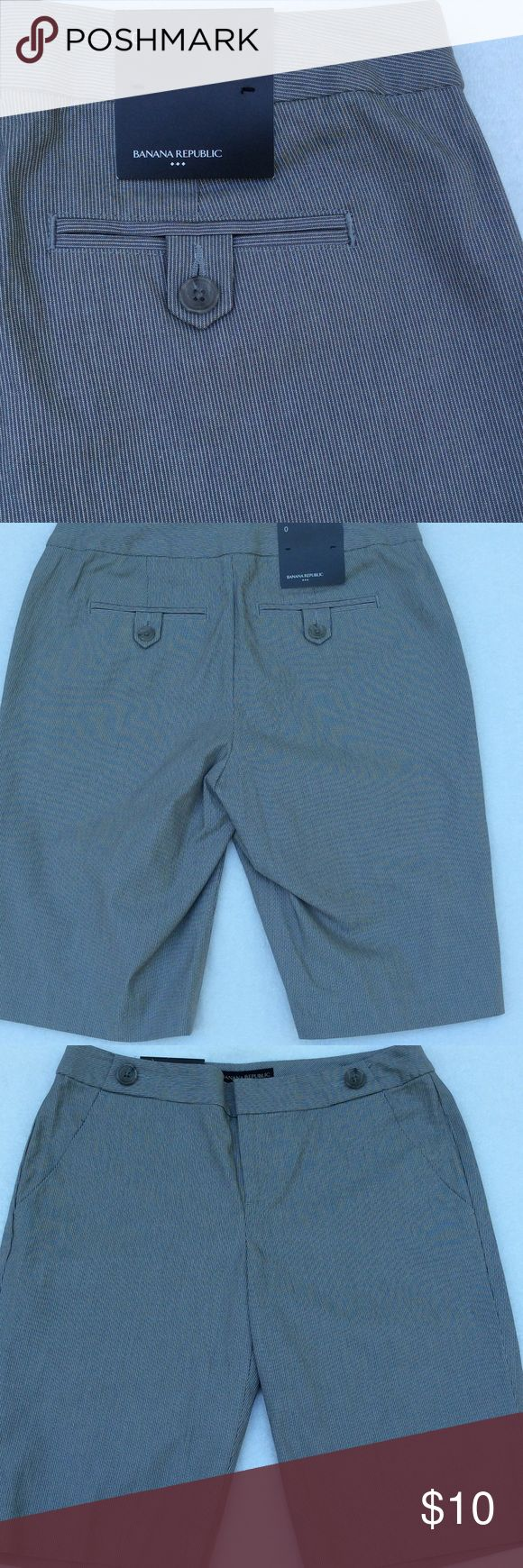 BANANA REPUBLIC GRAY SHORTS Banana Republic Gray Pinstriped Shorts ➖ 97 % Cotton 3% Spandex Banana Republic Shorts Bermudas