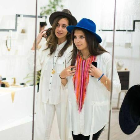 Fb FRinge Chain necklace Eloise Jacobs-Roya Sachs