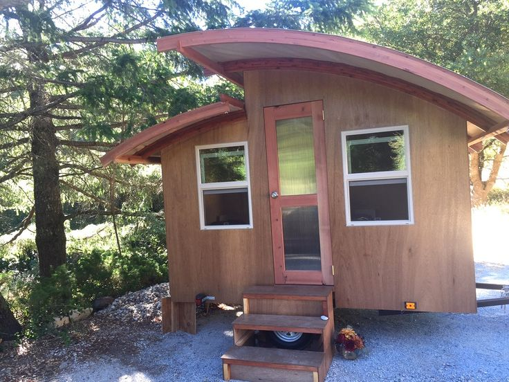 Moksha Osgood S San Francisco Backyard Cabana Tiny House