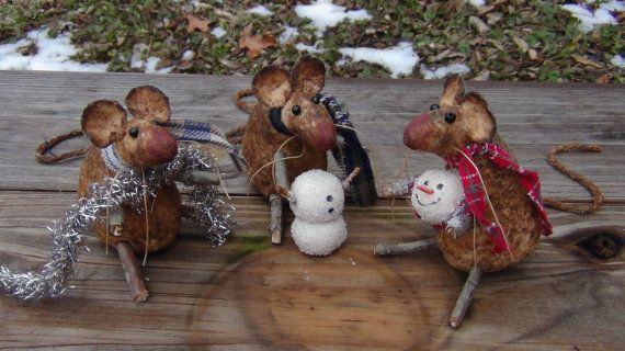 "Primitive Christmas Mice Mouse Dolls & Sculpted Snowman Collectible Set by lisasatticart! ""We Can Build A Snowman"" Available on Etsy - Pattern for mice also available."