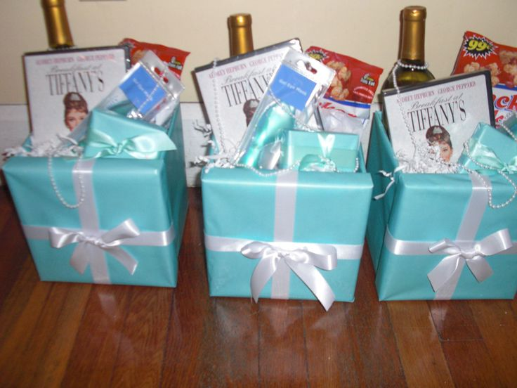 Wedding Gift Boxes For Bridesmaids : goodie bags for bridesmaids! this is my kinda thing :) More