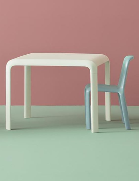 CONTRACT ESSENTIALS | Snow table can be used indoors and outdoors. #Designicons #Italianfurniture #Interiordesign