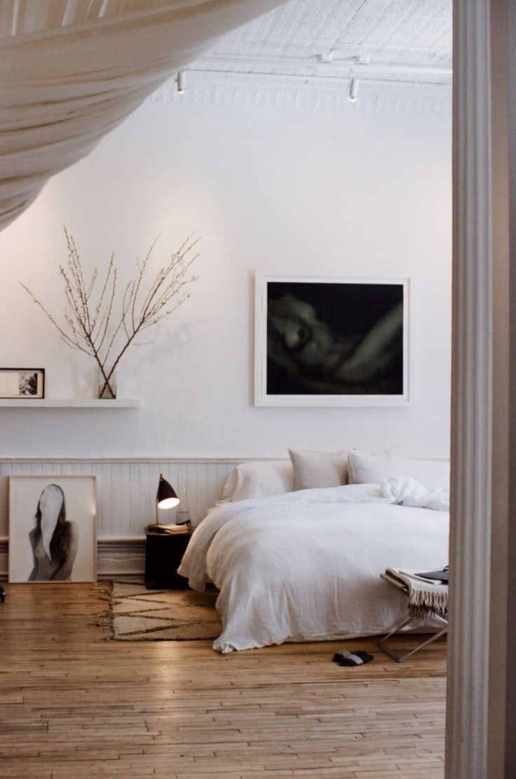 Curated by @saltandritual  Modern white bedroom decor