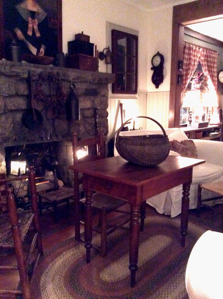 Colonial Primitive Decor Living Room.....~♥~