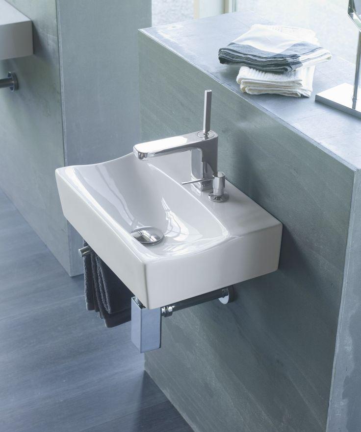 Lavabo mini Rhin/D, de porcelana y suspendido, sin rebosadero, con dosificador y con opción de ir en pared. Referencia: 4908/D Medidas: 425x300x110 mm