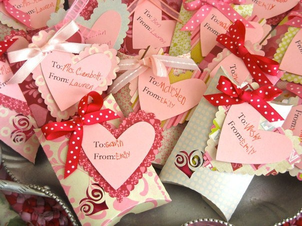 Valentine Pillow Box Treats