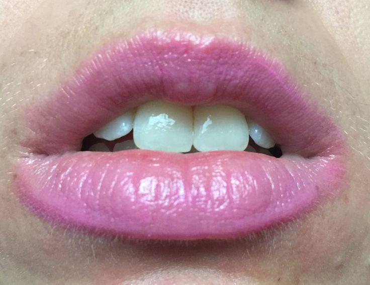 Beyond Alice in Wonderland lipstick 02