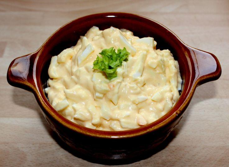 Majonézes-hagymás tojássaláta recept