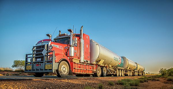 Long Road train in Australian outback #australia #westernaustralia #truck #trucker