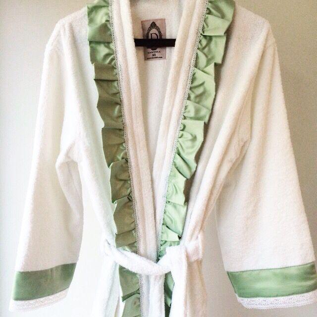 Dantell Scarlett bornozlar çok yakında satışta // Dantell Scarlett bathrobes will be on sale in stores soon. #dantell #dantellofficial #dekorasyon #bathrobe #bornoz #bathroom #hometextile #homeislife #shop #home #decoration #evtekstili #ev #evim