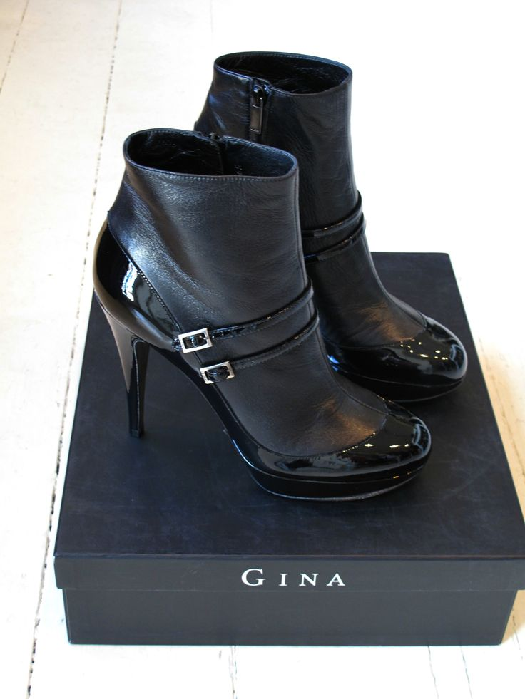 Gina Boots £285 DSDD40/1 size 39 #Gina #Boots #preloved #designer