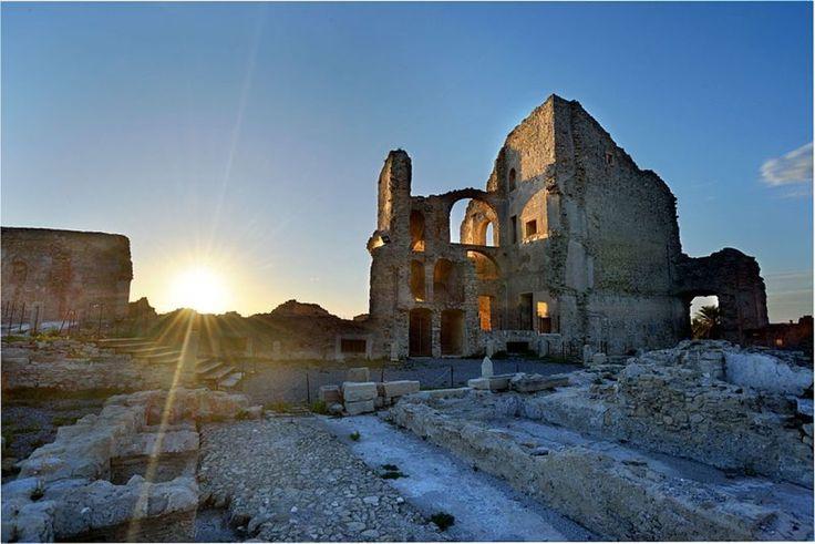 - Castello della Valle – Fiumefreddo Bruzio