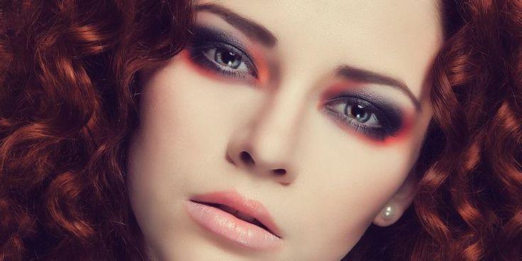 Hoe breng je 3 kleuren oogschaduw aan voor een make-up look aan de ogen?   Trio Oogschaduw gebruiken...Lees meer >http://www.emeral-beautylife.nl/trio-oogschaduw-gebruiken/