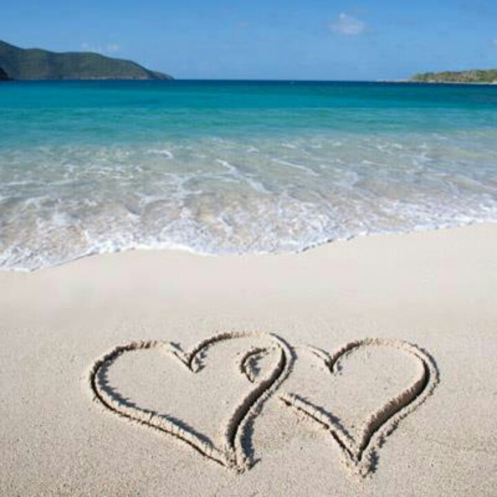Hearts in the sand.... | At the Beach | Pinterest