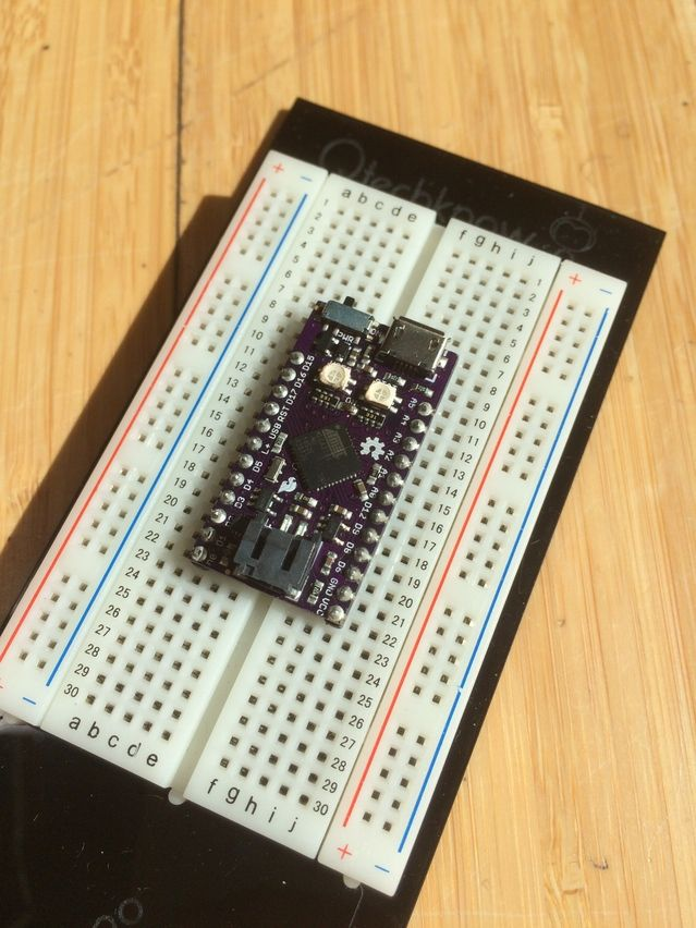 The qduino mini is first tiny arduino compatible board