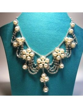 Hochzeitscollier Brautkette mit passenden Ohrringen