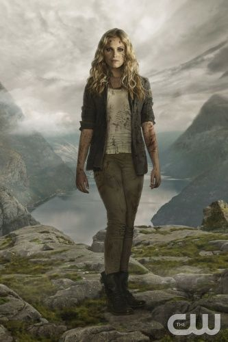 The 100  -- Image: HU02_CLARK_1422 -- Pictured: Eliza Taylor as Clarke -- Photo: Frank Ockenfels 3/The CW -- © 2014 The CW Network, LLC. All Rights Reserved.
