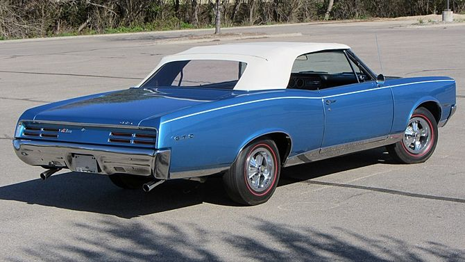 1967 Pontiac Gto Convertible 400 360 Hp 4 Speed Mecum Auctions Pontiac Gto Gto Muscle Cars