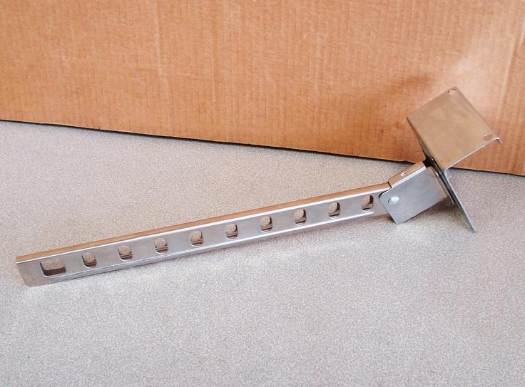 Vintage Metal Over The Door Hangers Rack.. $20.