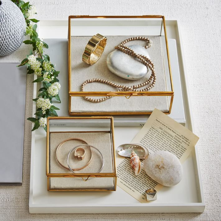 Lovingly displayed. With linen-lined interiors that are perfect for keeping accessories organized, these Glass Shadow Boxes add charm to dressers, shelves and vanities.
