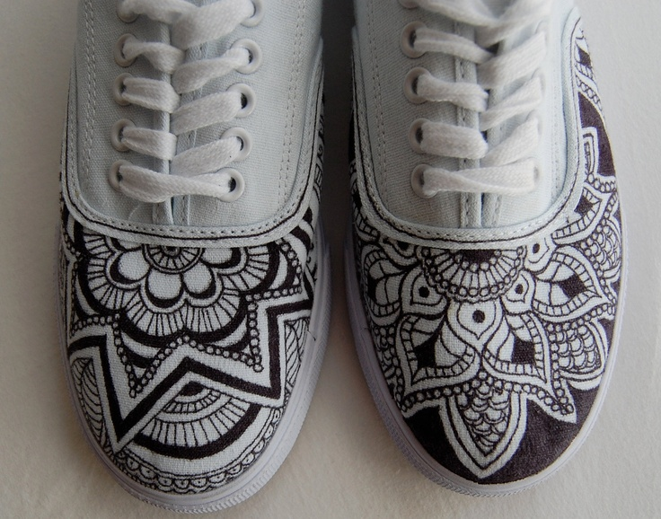 Henna sneakers, yum, sharpies on white would do it too