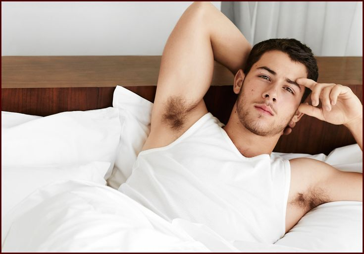 Nick Jonas still single and gay baiting while Chloe Moretz Brooklyn bound - https://movietvtechgeeks.com/nick-jonas-still-single-gay-baiting-chloe-moretz-brooklyn-bound/-Kicking off today's celebrity gossip, Nick Jonas wants haters to know that he's beyond all the gay baiting that people have tried to engage him in. It's been speculated for many years about the singer/actors sexual preference and why he's got such a big gay following.