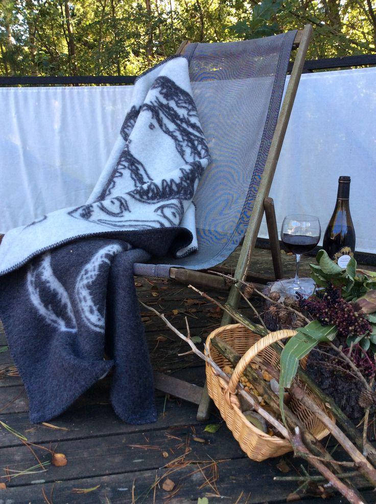 Plaid til efteråret og vinteren i 100 % ren uld der ikke kradser. Fra bbdecor.dk