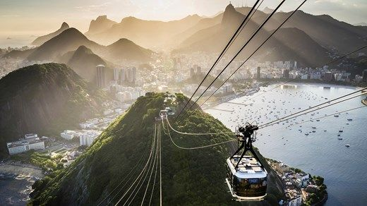 Cable car to the top of Sugarloaf Mountain in Rio de Janeiro. Incredible views awaits! #brazil #rio #views #landscape #sugerloaf #kilroy #travel