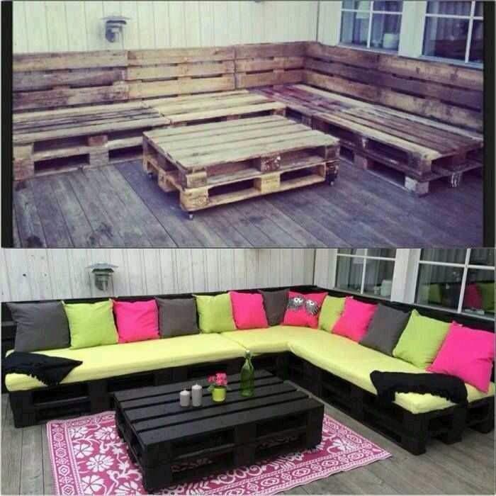 Sala de patio hecha con tarimas