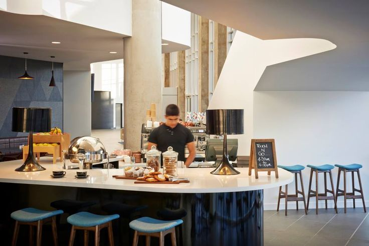 Touch 'n' Go Cafe at Rydges Sydney Airport - Open from ...