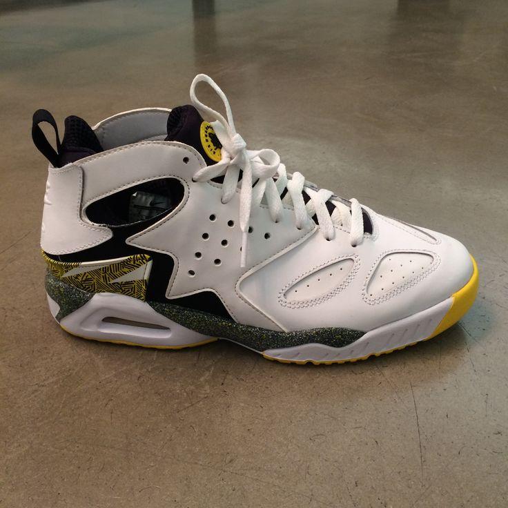 Nike #sneakers #sport #sportswear #FolliFollie #collection