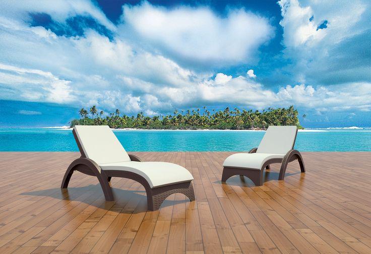 #Lettino in resina NINFEA, #impilabile, adatto per l'#esterno; in #giardino e #piscina. #Arredamento #outdoor #elegante e di qualità, robusto e confortevole. Compralo in #sconto su www-CHAIRSOUTLET.com