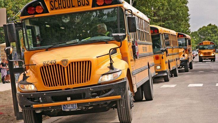Штат Мичиган, в частности, собирается приобрести на исковые деньги школьные автобусы. С дизельными моторами. Напомним, что в прошлом году концерн