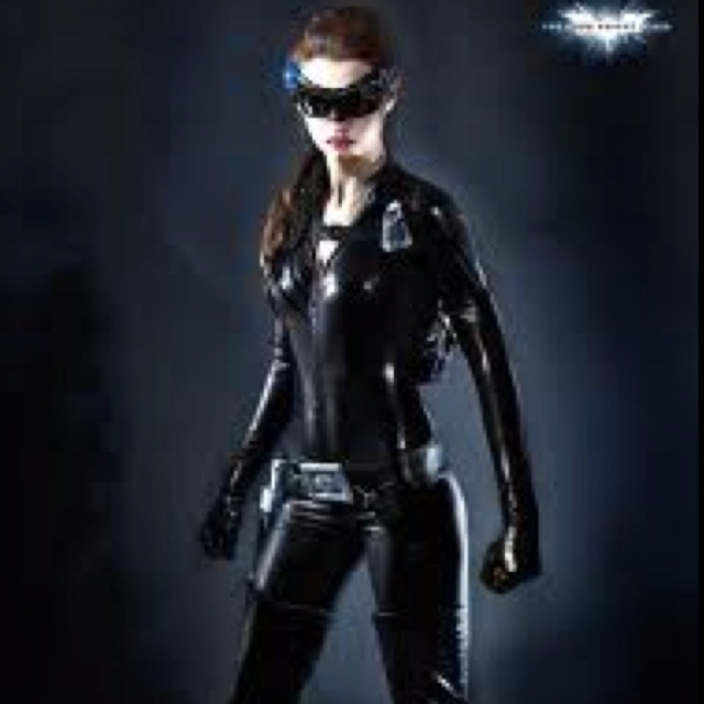 Anne Hathaway Dark Knight Rises: 44 Best Catwoman (Anne Hathaway) Images On Pinterest