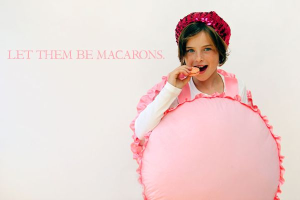 DIY French Macaron Halloween Costume- cute enough to eat! Dye up some fabric, leggings and a top to be any flavor you want!