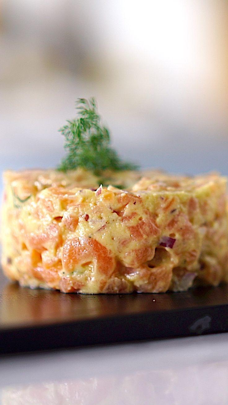 Você vai se apaixonar por essa receita rápida e deliciosa de tartare de salmão.