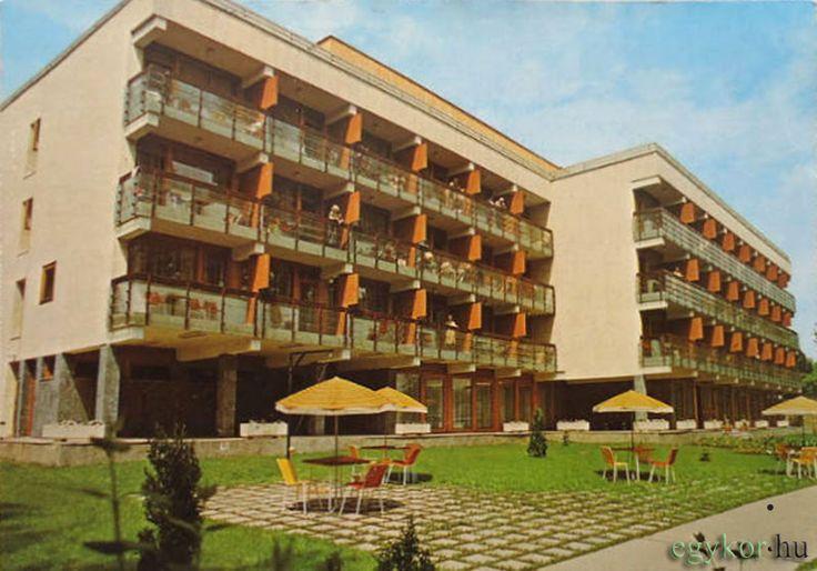 Vasutas Biztosító Egyesület Üdülő, (Hotel Majerik), Erzsébet Királyné u. 9, 1980 körül
