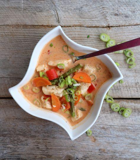 Kremet fiskesuppe med red curry