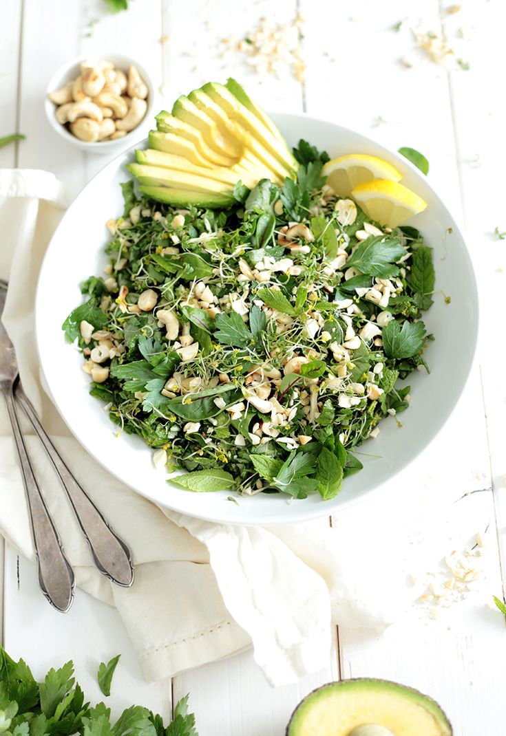 Green Herb Salad with Avocado - Green Evi