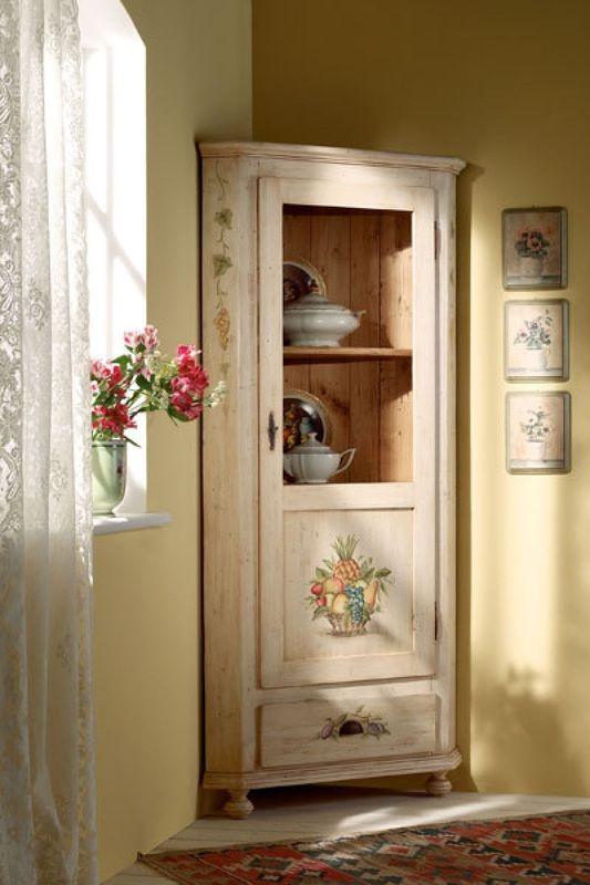 scandola-mobili-angoliera-decorata