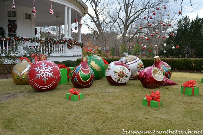 Large ornaments decorate the lawn for Christmas at the Georgia home of Governor Roy Barnes and his wife Marie.