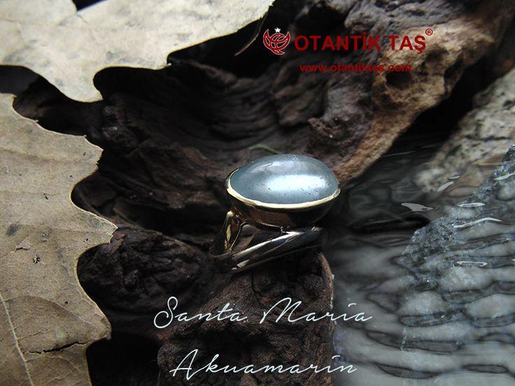 Taş Akuamarine 1912 yılında Kuyumcular Amerikan Ulusal Birliği tarafından kabul edilen aynı zamanda Akrep Burç doğum taş, modern Mart burç olduğunu. Bkz burç tablosu bu taşa ek başvurular için. Aquamarine 16 ve 19 evlilik yıldönümleri üzerinde vermek için bir mücevher olarak önerilmektedir. AKUAMARİN TAŞI BAYAN YÜZÜK AKUAMARİN TAŞI BAYAN YÜZÜK Aquamarine üyesi olan Beril aile ve mavi-yeşil ya da turkuaz bir neredeyse renksiz soluk mavi renk