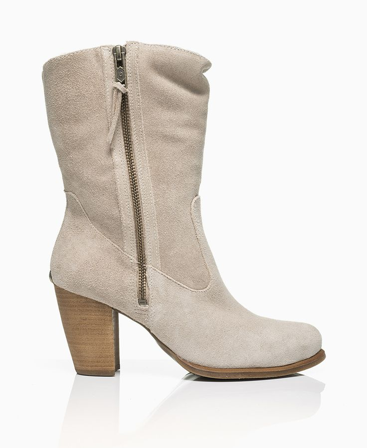 UGG - Lynda Heeled Boots - Natural - Shoes & Trainers - Womens