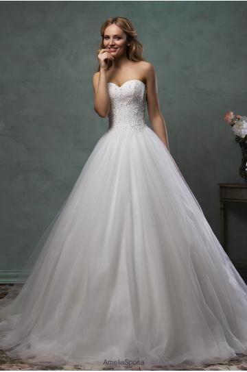 Bodenlanges Hochzeitskleid in Allen Stile