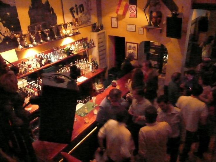 Noche de viernes en El Cuento Bar Madrid. 25/04/2013. #nochesenelcuento