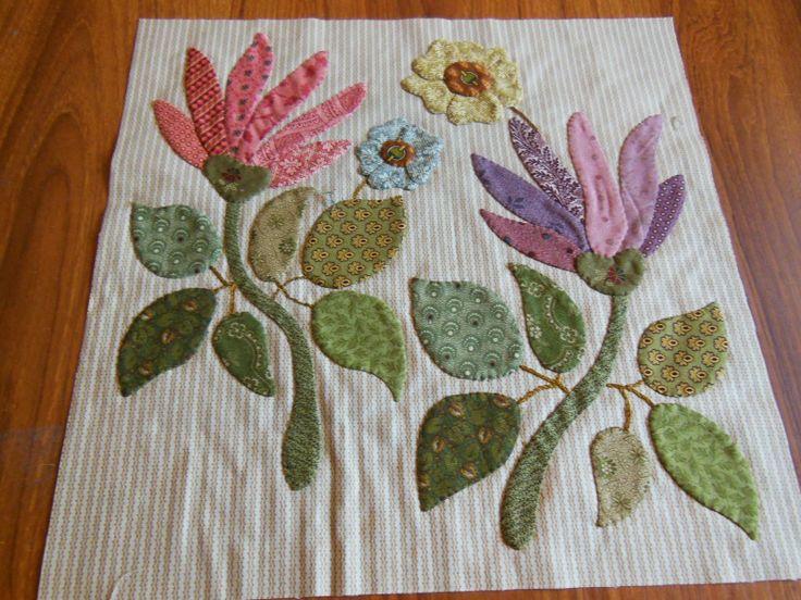 Appliqued Quilts & Flower Applique - Free Applique Pattern   Craft ... : appliqued quilts - Adamdwight.com