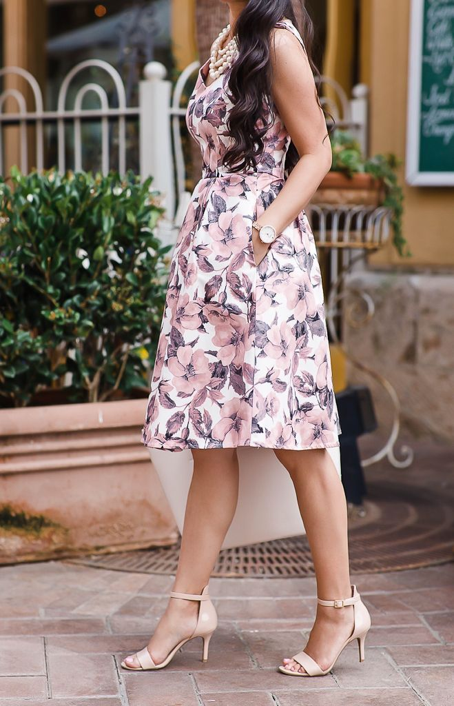 Summer wedding outfit idea, floral dress, petite fashion blog,  Fabulously Established Floral Dress in Pink, nude blush sandals, scalloped tote, summer outfits, petite dresses, work outfit, summer work outfit - click the photo for outfit details!