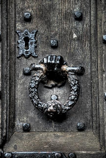 ♅ Detailed Doors to Drool Over ♅ art photographs of door knockers, hardware & portals - Norwich Castle - Door Handle