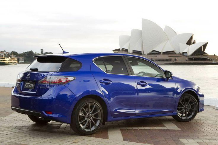 Lexus is300 luxury car wallpaper