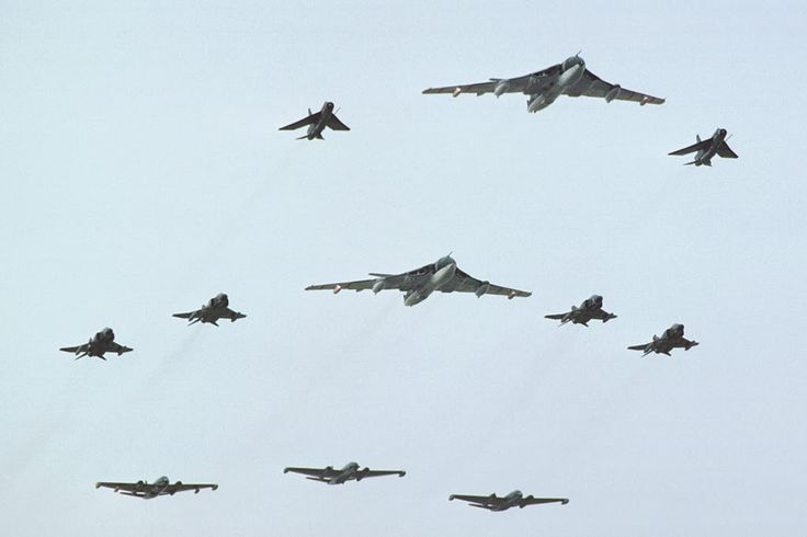 Victor's, Lightning's, Phantom's and Canberra's fly-past at the Royal Review at RAF Finningly 1977